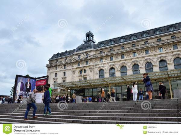 Paris France - 14 2015 Visitors Main Entrance Orsay Modern Art Museum In