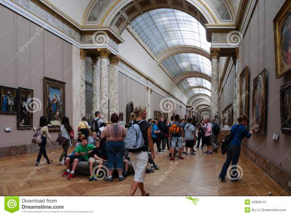 People Louvre Museum Editorial - Of Paintings 43968147