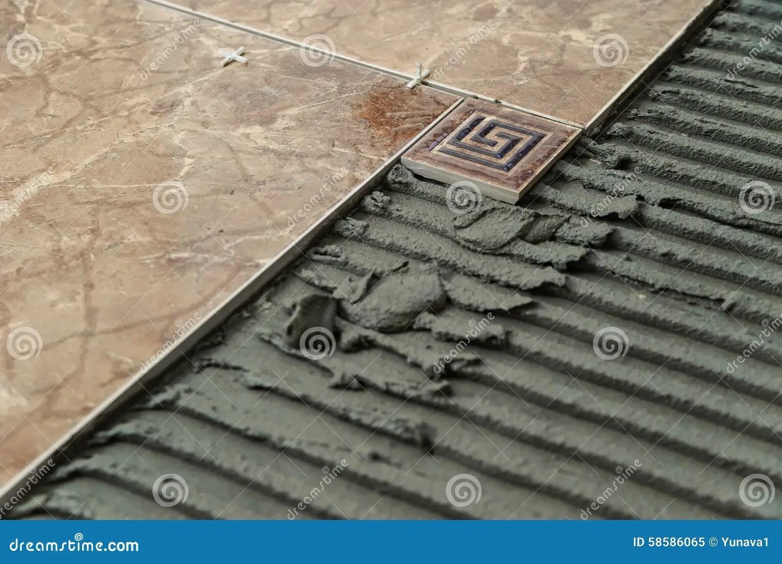 Piastrelle Di Ceramica E Mattonelle Decorative Immagine Stock  Immagine di pavimento riparare