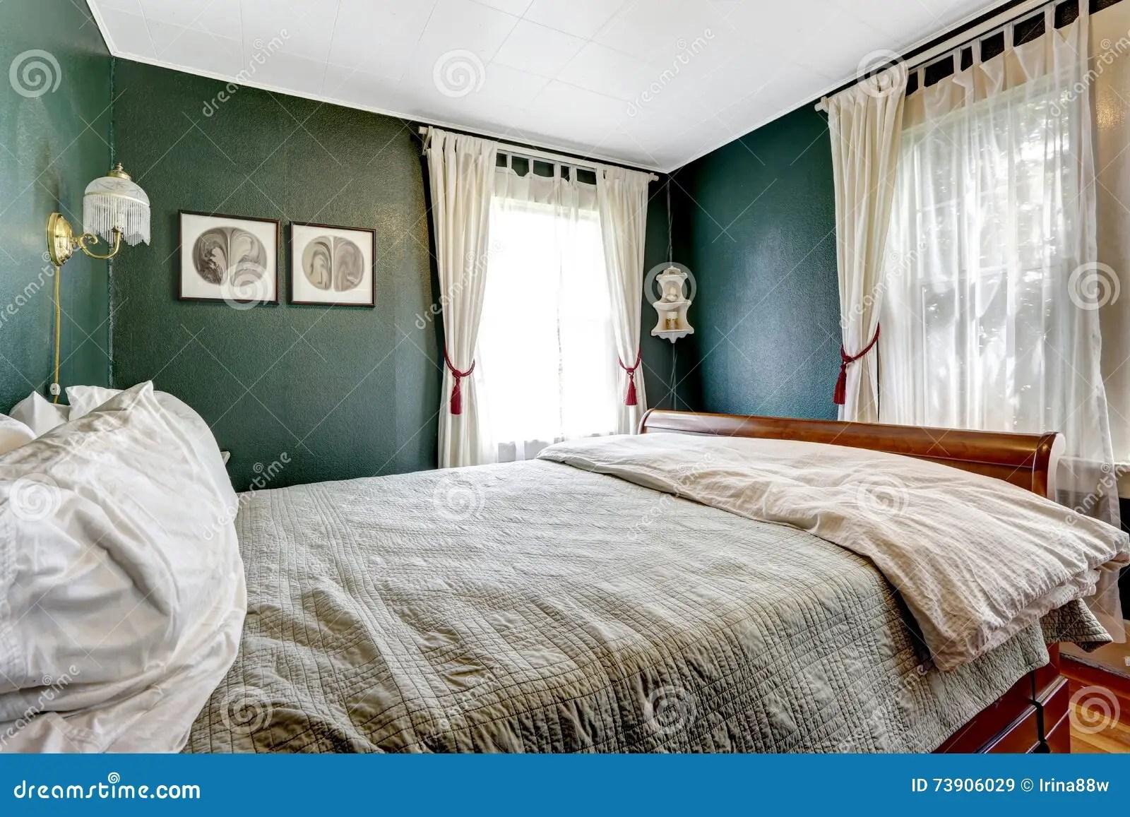 Camera Da Letto Verde Smeraldo : Camera da letto verde camera da letto bambino legno massello