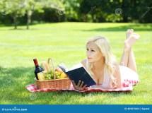 Picnic Barefoot Women