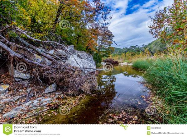 Clear Waters In White Granite Stream Bed. Stock