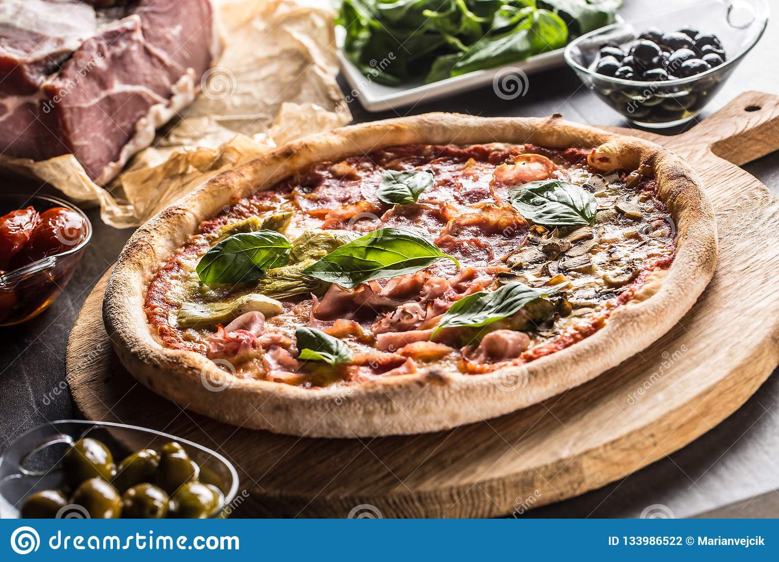 Pizza Quatro Stagioni Four Seasons Traditional Italian