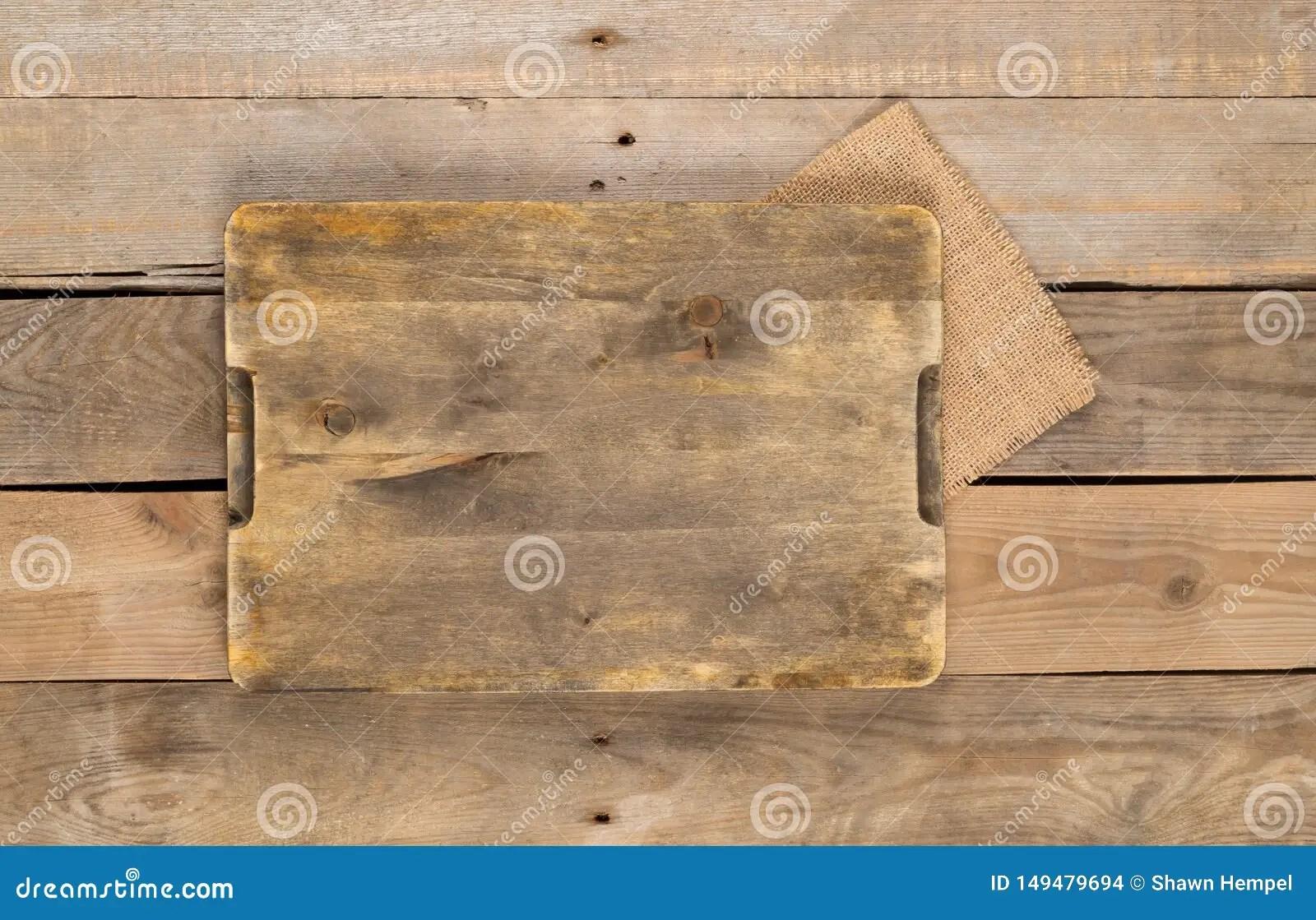 https fr dreamstime com planche d couper vide vue sup rieure fond en bois brun rustique table haut l espace copie image149479694