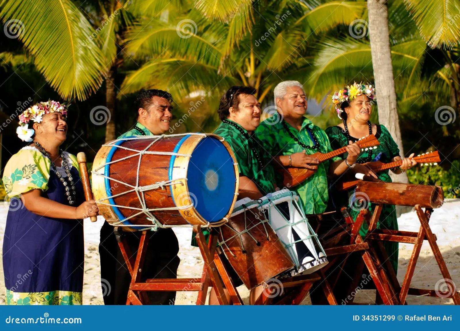 Polynesian Pacific Island Tahitian Music Group Royalty