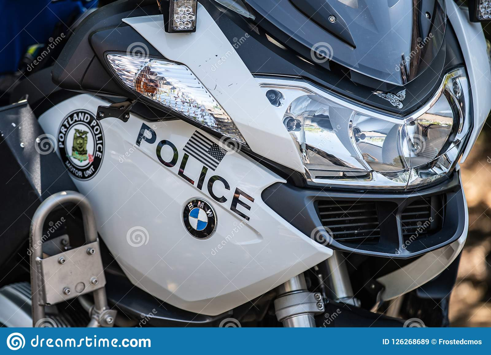 hight resolution of portland or usa august 18 2018 portland police bmw motorcycle at multnomah days event