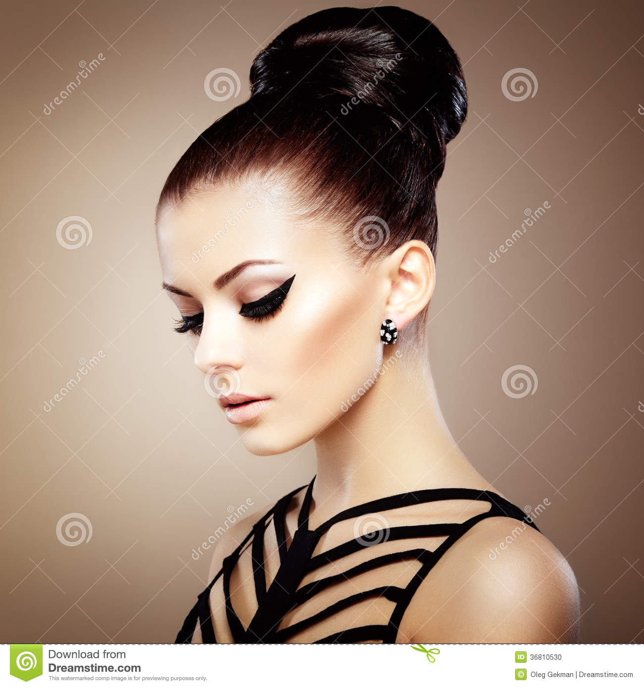 Hairstyle Stock Photos Images & Pictures 417 255 Images