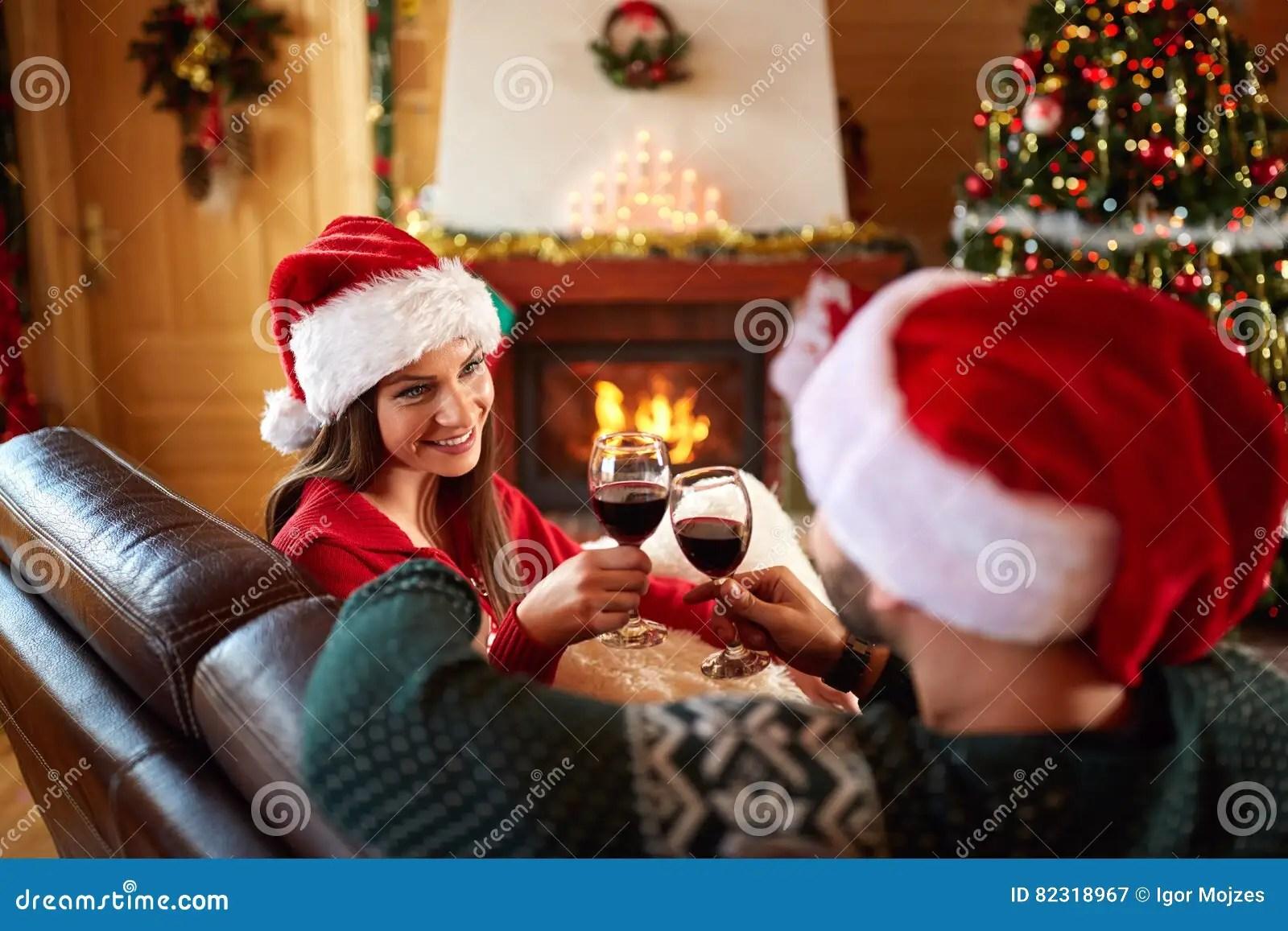 Le 50 frasi di auguri più dolci e romantiche (con immagini) il natale è la festa che più di tutte è importante passarla con le persone che amiamo e che abbiamo più care. 24 410 Christmas Romantic Wine Photos Free Royalty Free Stock Photos From Dreamstime