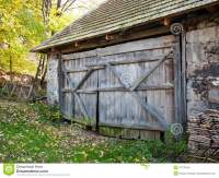 Rustic Barn Door Stock Photo - Image: 47139784