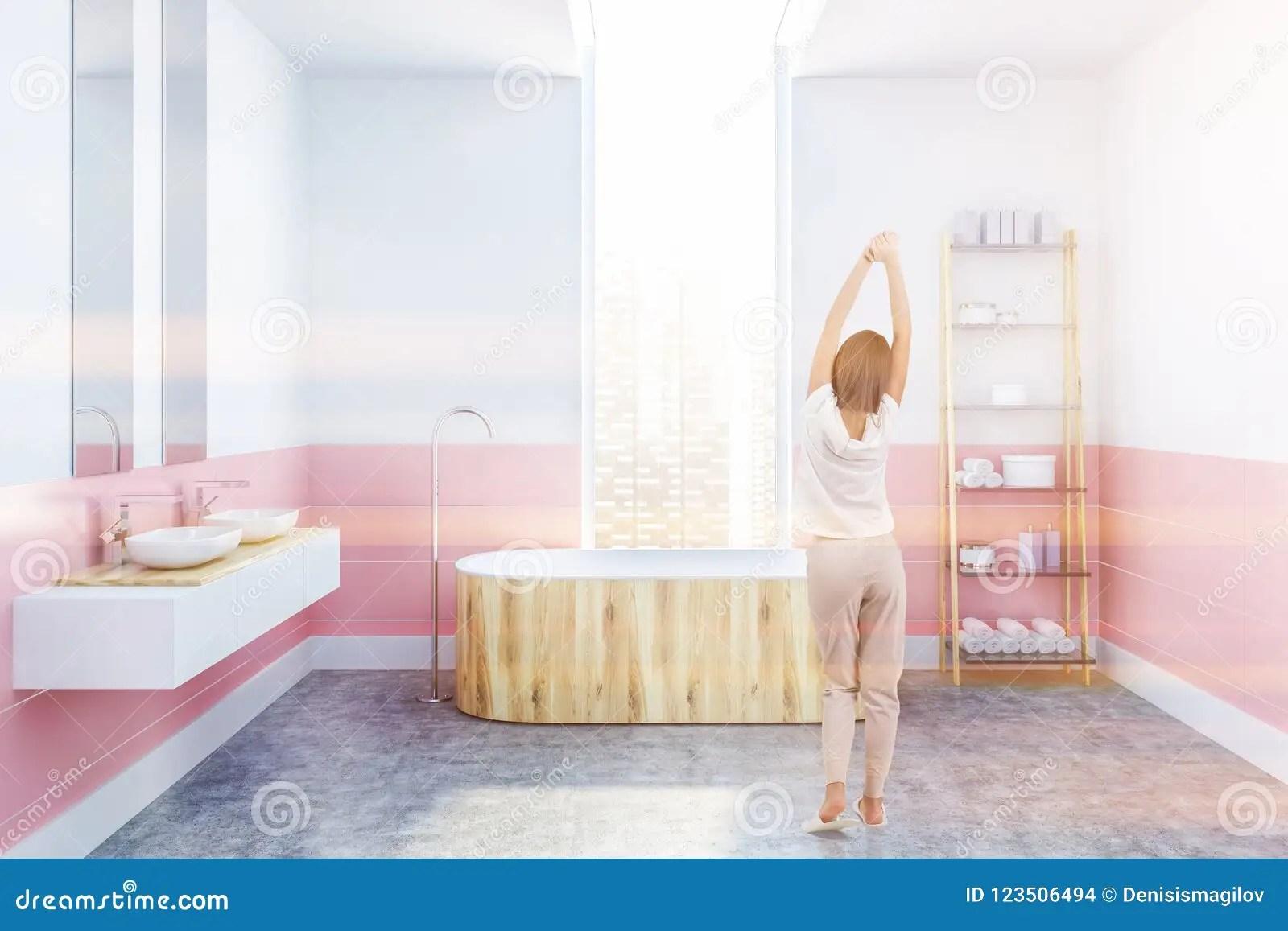 https fr dreamstime com salle bains blanche rose baquet en bois fille image123506494