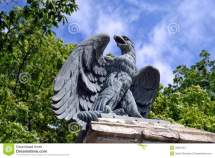 Sculpture Of Eagle Stock - 32307451