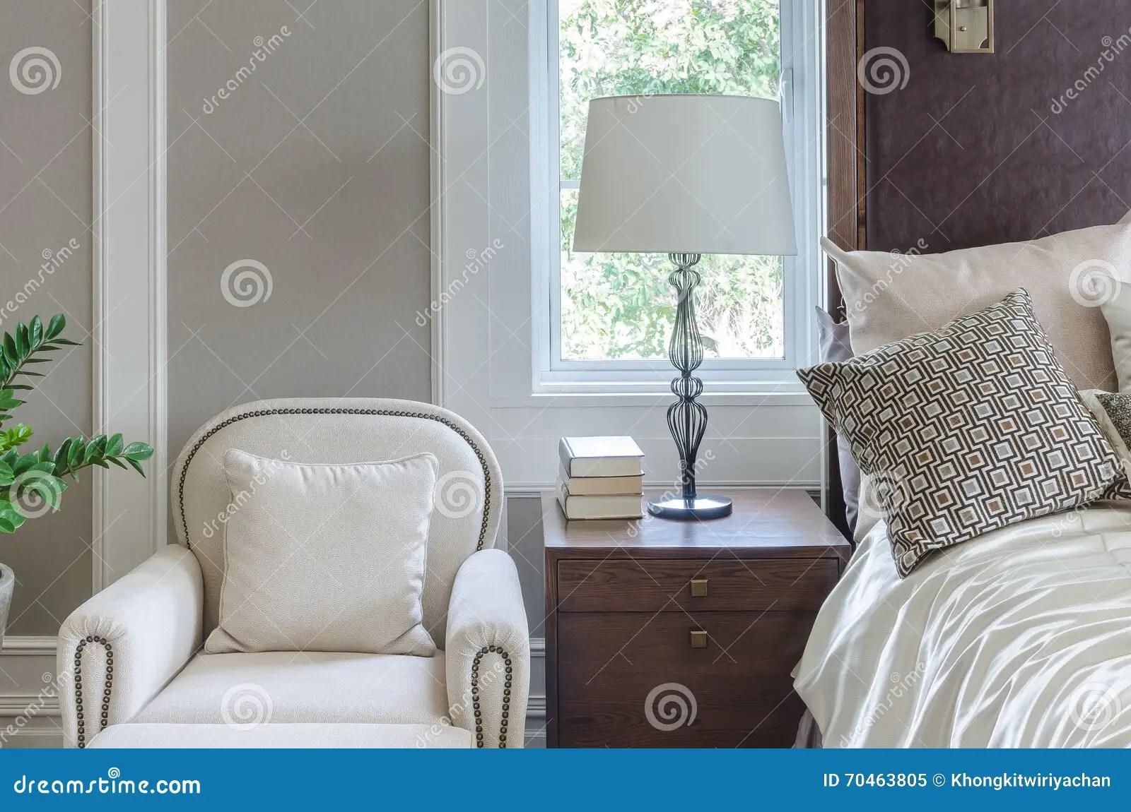 Sedie Per Camere Da Letto Classiche : Sedia per camera da letto cool tappeti camera da letto economici