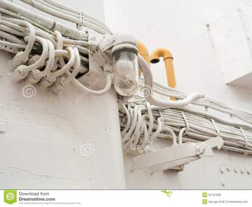 small resolution of lone outdoor light and many heavy duty outdoor electrical wires on