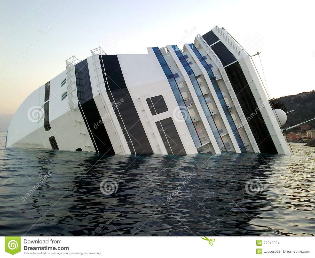 Sinking Cruise Ship Costa Concordia Stock Photos