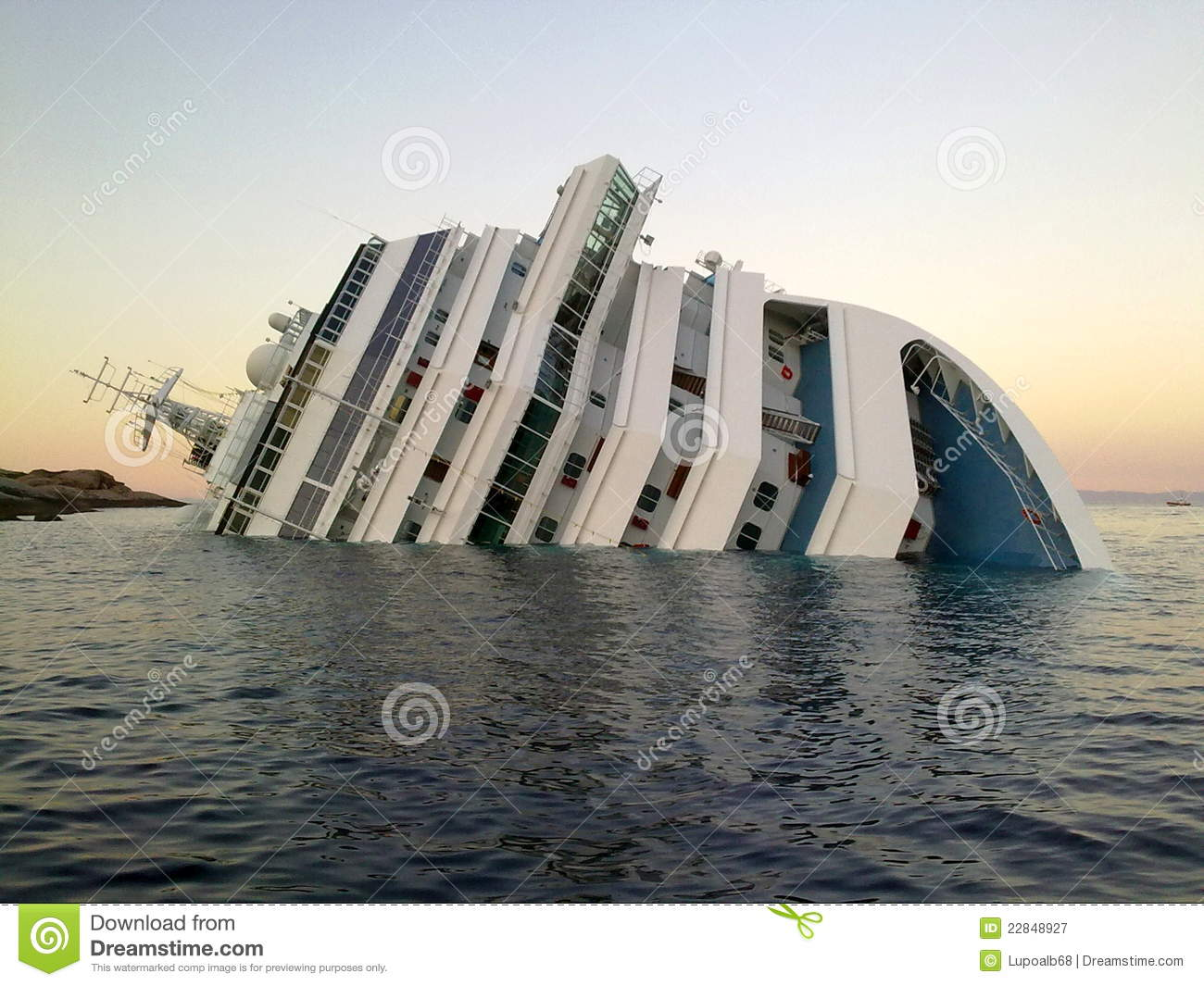 Sinking Ship Costa Concordia Editorial Photography