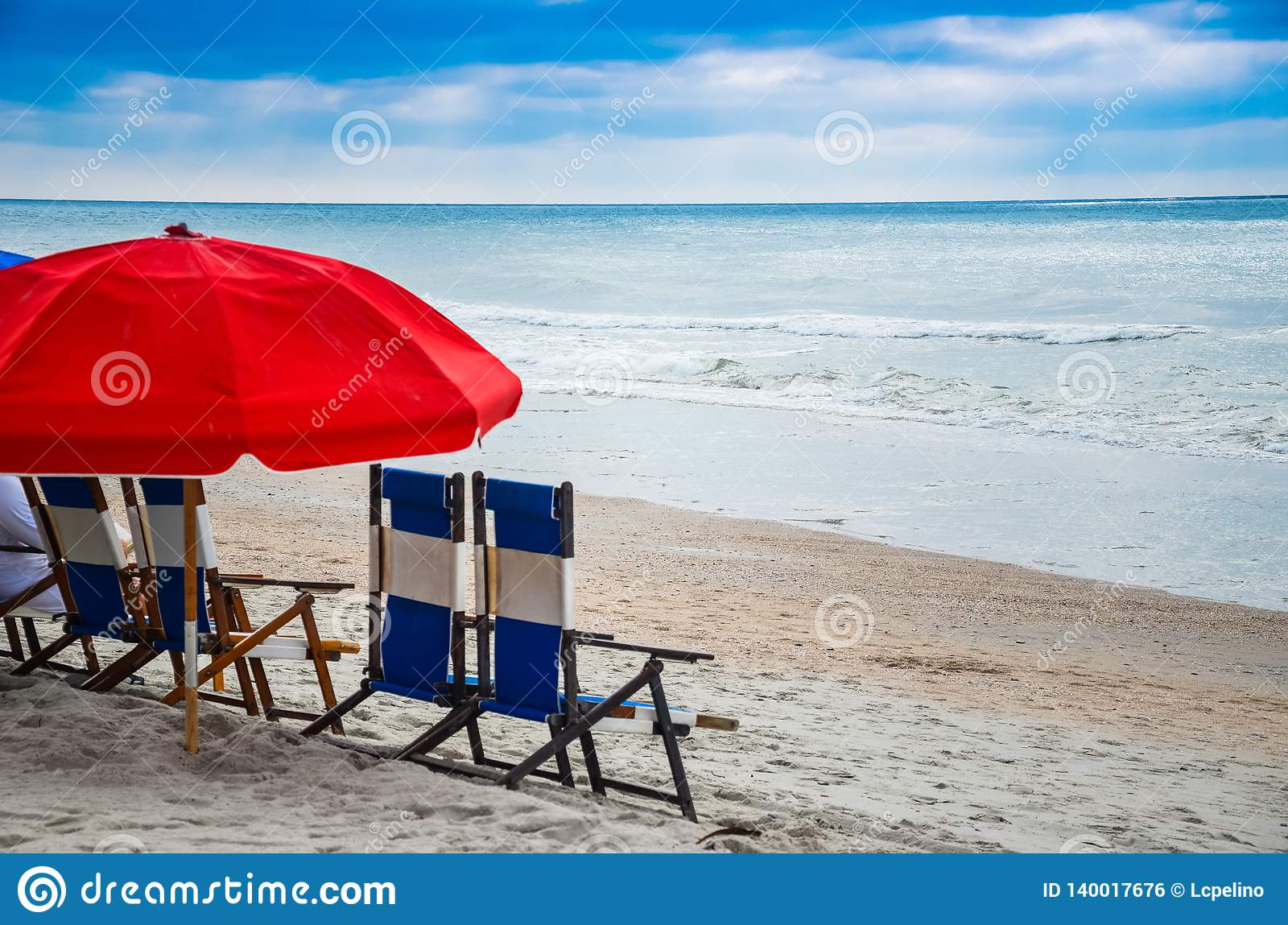 Beach Chairs With Umbrella Beach Chairs And Umbrella Are A Perfect Companion To A Day On The
