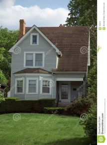 Small Bungalow House Royalty Free Stock - 766876
