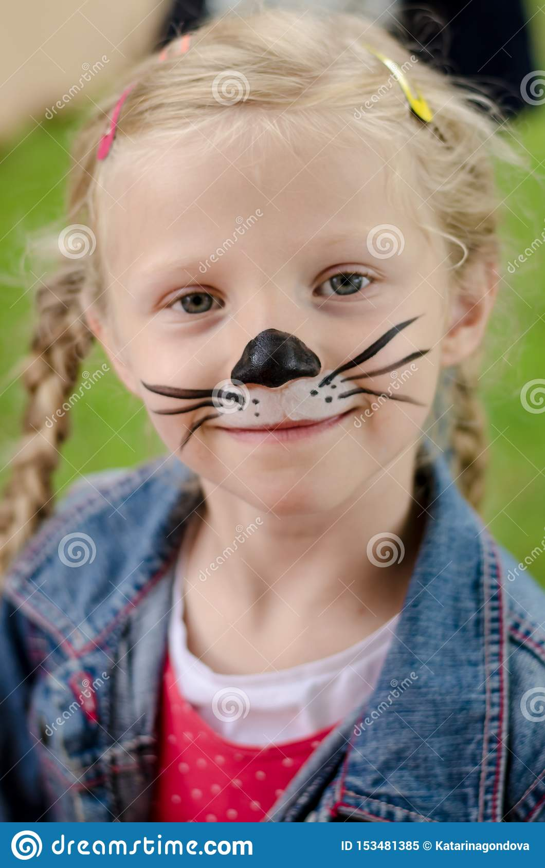 Mouse Face Paint : mouse, paint, Smiling, Painting, Mouse, Stock, Image, Face,, Funny:, 153481385