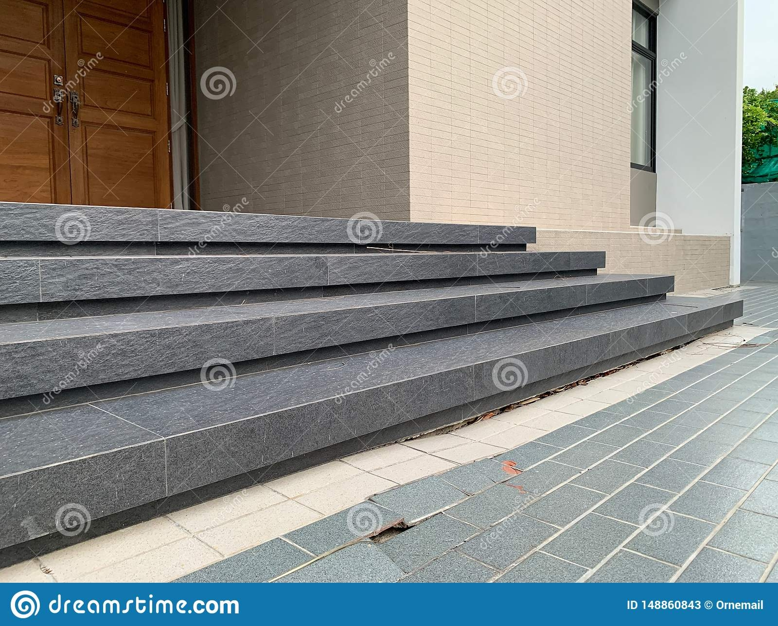 The Stairs In Front Of The House Collapsed Cracked Tiles Home   Home Front Stairs Design   Porch Attached Horizontal Staircase Tower   Parapet Wall   Sitout Step   Front Window   Interior