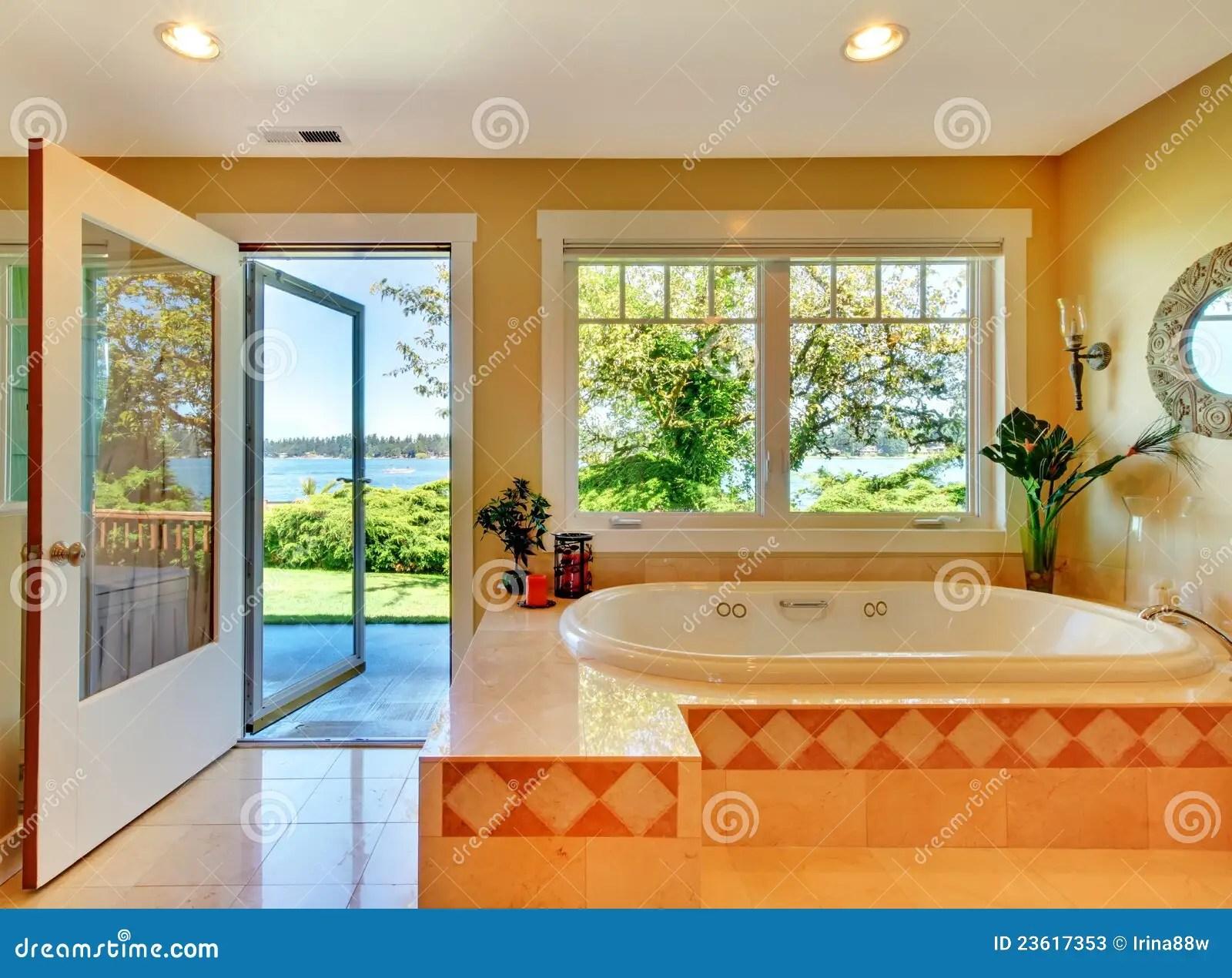 Vasca Da Bagno Vista : Vasca da bagno più grande del mondo vasca doccia per anziani e