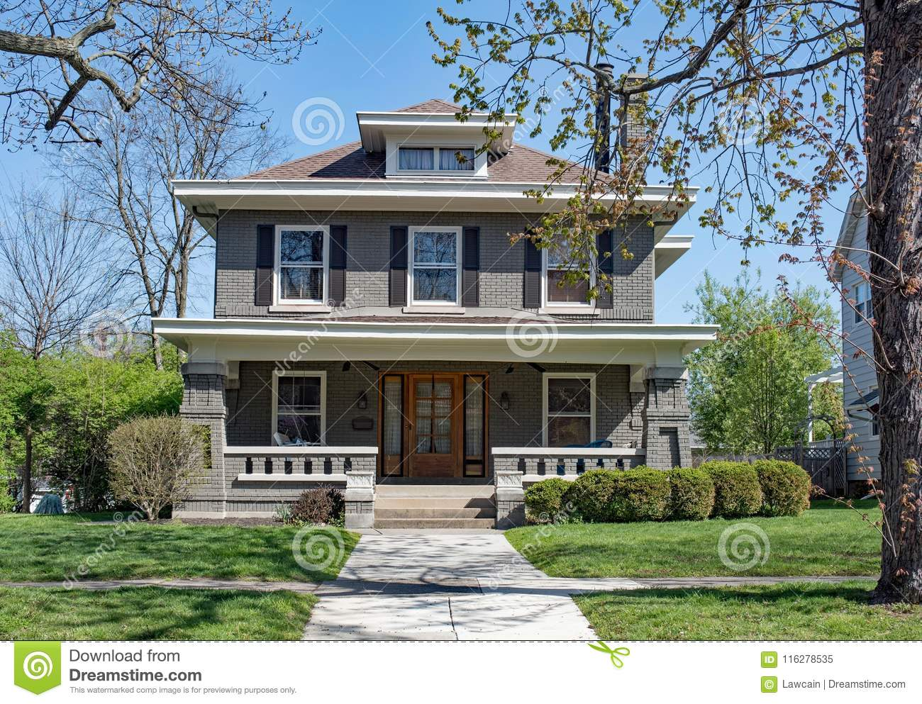 26 916 Craftsman House Photos Free Royalty Free Stock Photos From Dreamstime