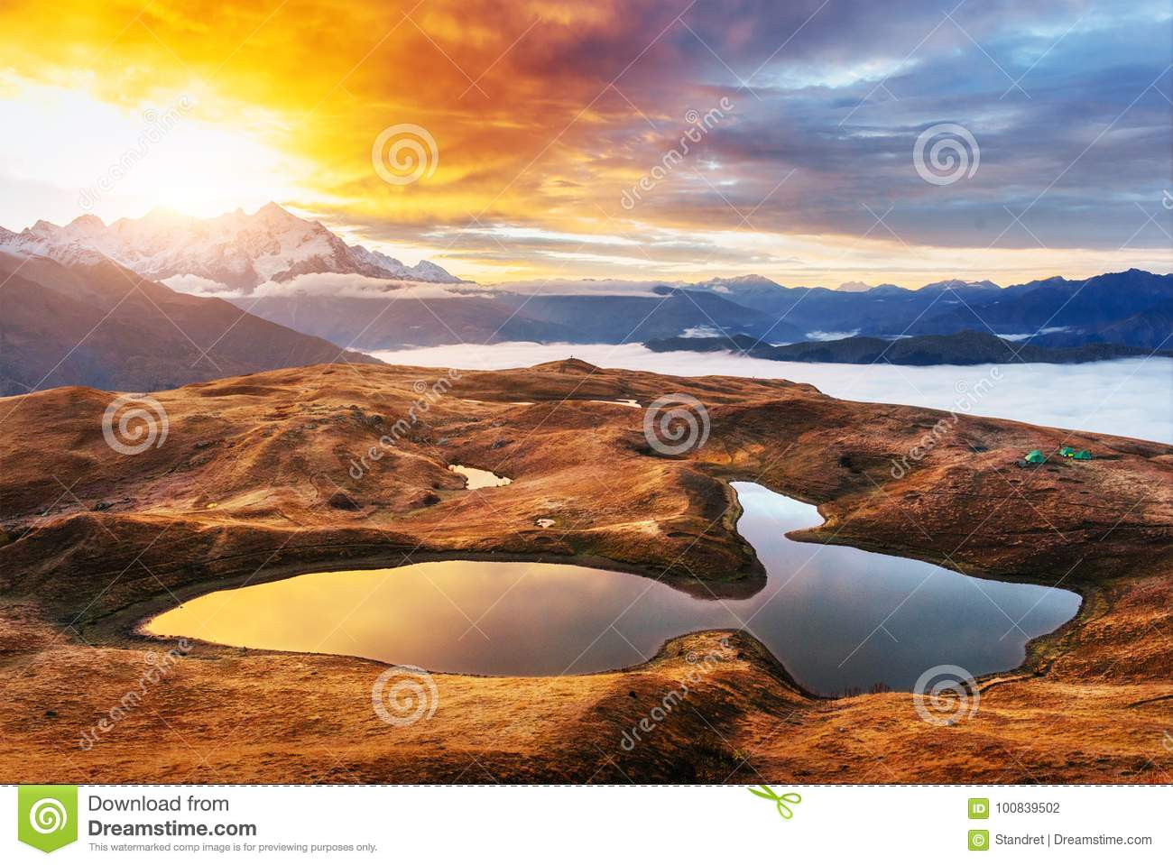 We are looking for photos of life here at pine mountain lake. 154 860 Sunset Mountain Lake Photos Free Royalty Free Stock Photos From Dreamstime