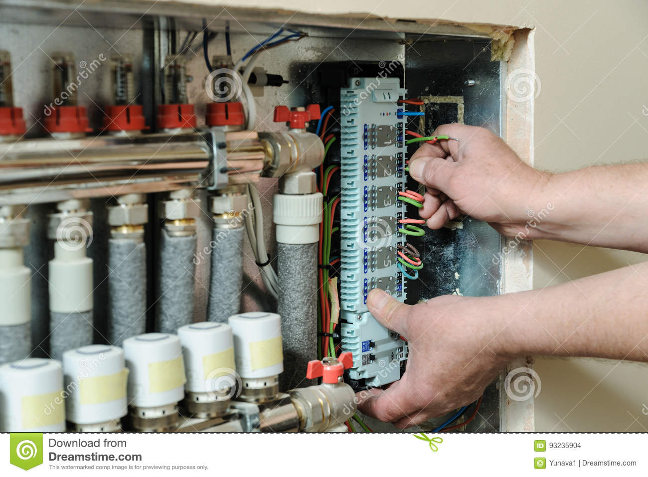 hight resolution of switching signal wires in the home s heating system control