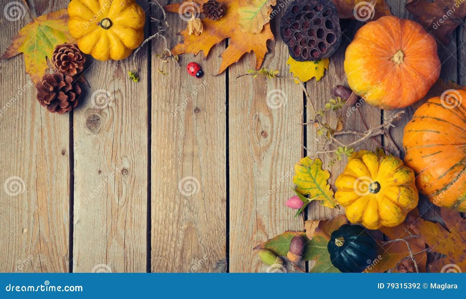 Free Fall Download Wallpaper Thanksgiving Dinner Background Autumn Pumpkin And Fall