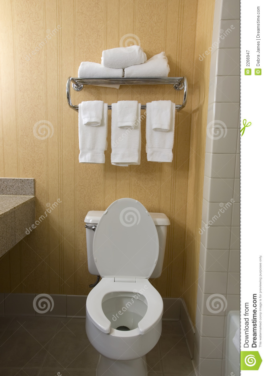 Toilet And Towel Rack Royalty Free Stock Photography