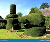 topiary uk