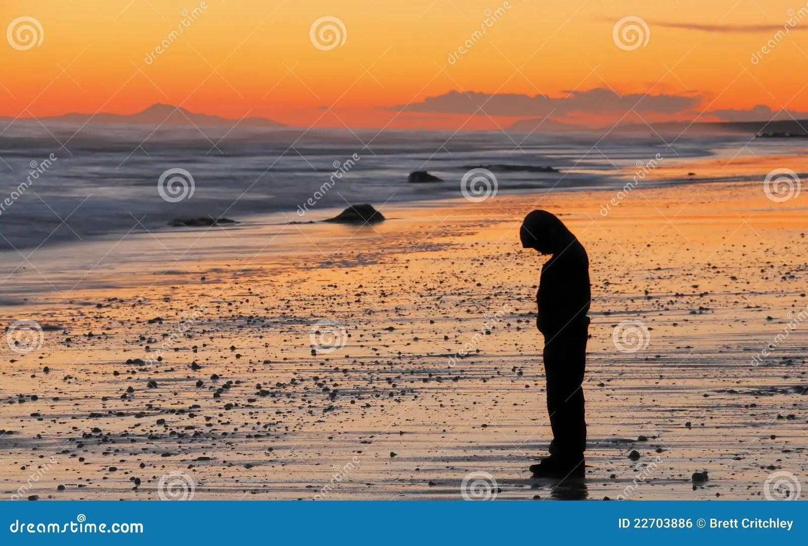 Alone Crying Girl Hd Wallpaper Tramonto Triste Del Ragazzo Fotografia Stock Immagine Di