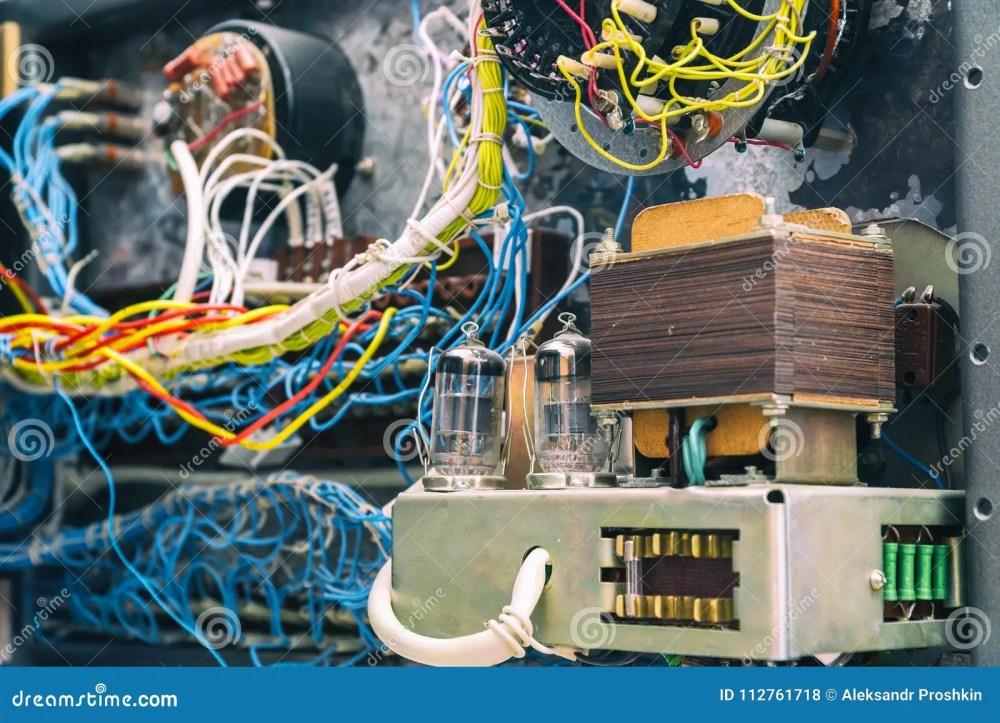 medium resolution of transformer radio tubes and wires