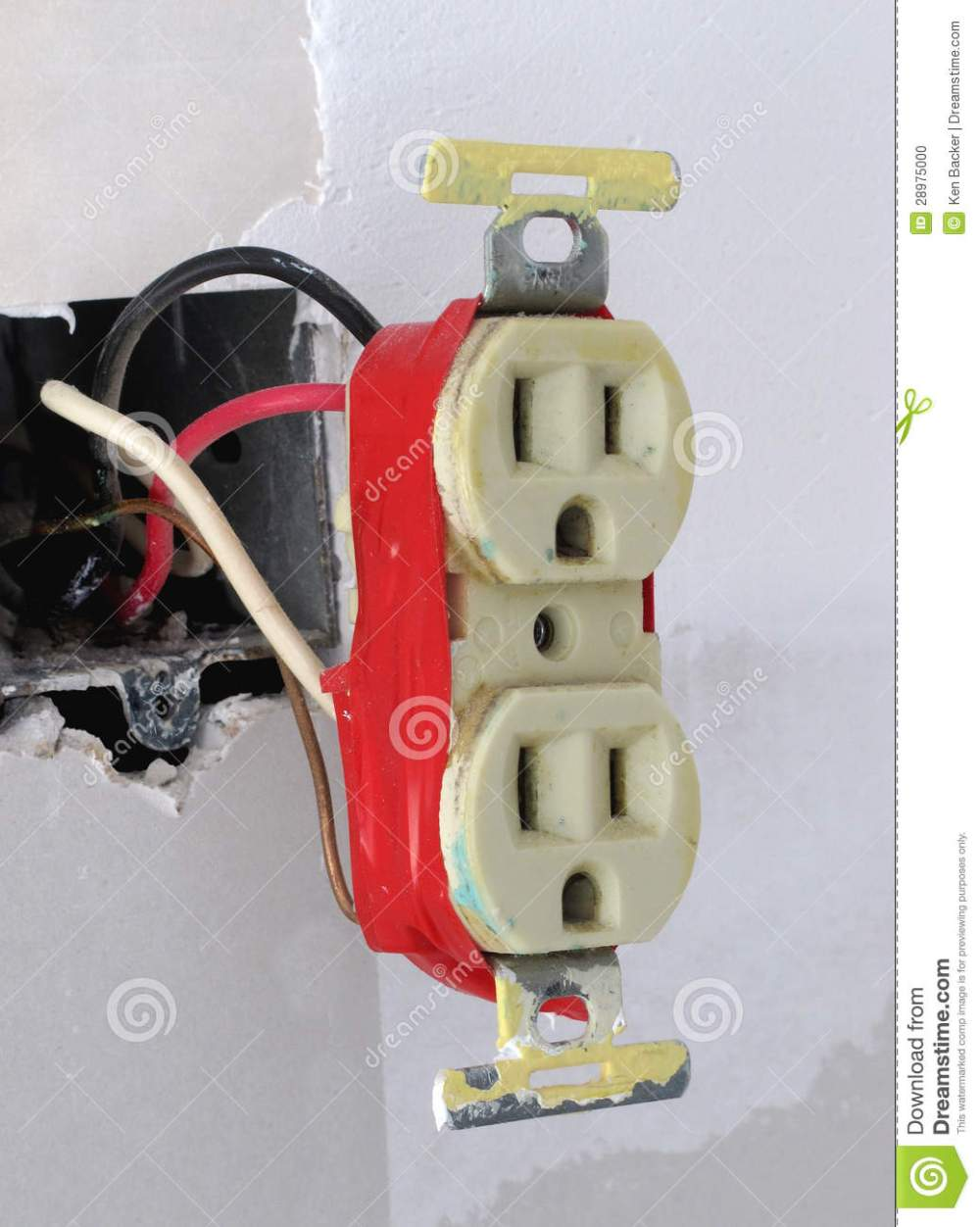 medium resolution of two plug electrical outlet