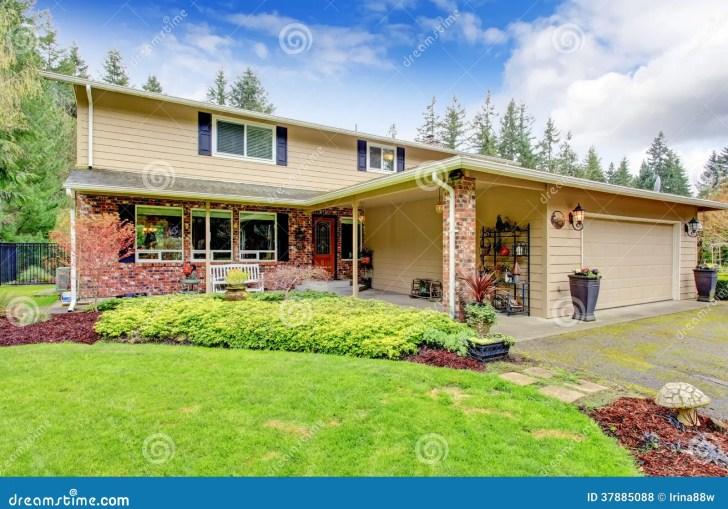 Brick Homes With Siding