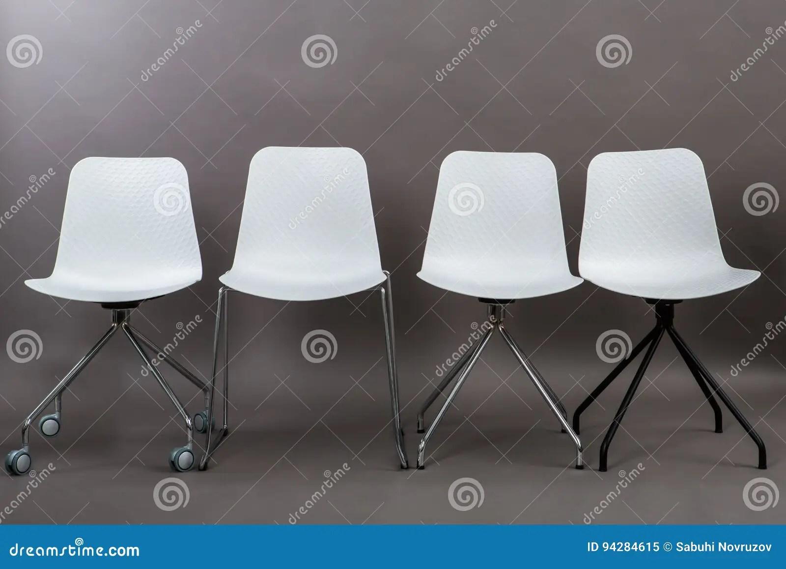 Pulire Sedie Di Plastica.Sedia Bianca Giardino Sedia In Vimini Da Esterno Saturno Arredo