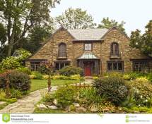 Homes with Beautiful Landscaping