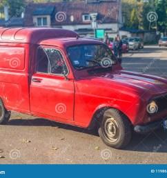 old red renault 4 van at a car show [ 1300 x 965 Pixel ]