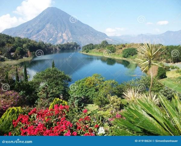 vulcano landscape in guatemala