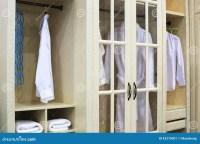Wardrobe Closet: Wardrobe Closet Hanging Clothes