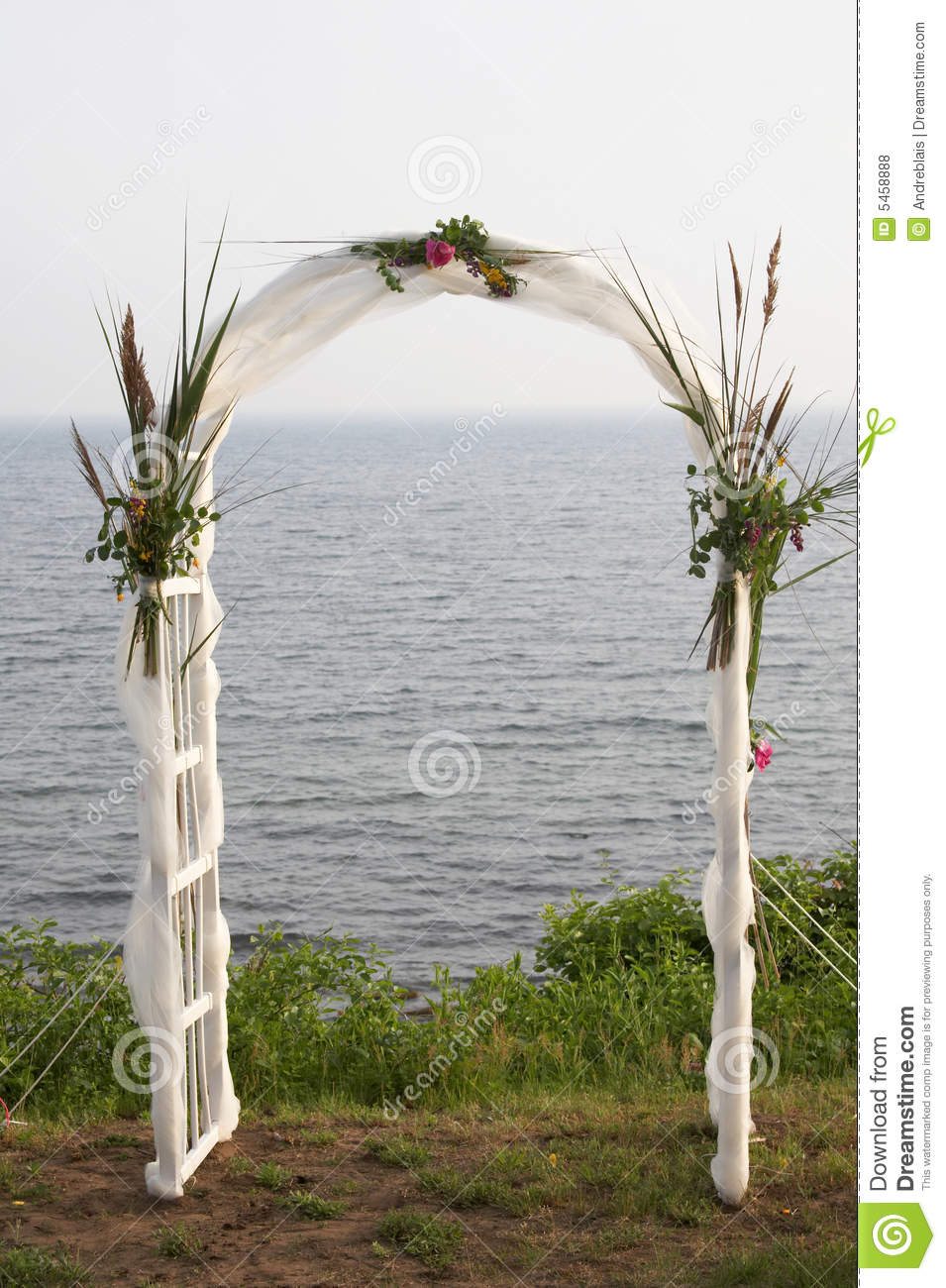 outdoor dream chair sam moore leather wedding alter royalty free stock photos - image: 5458888