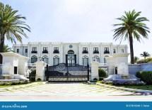 Luxury White House