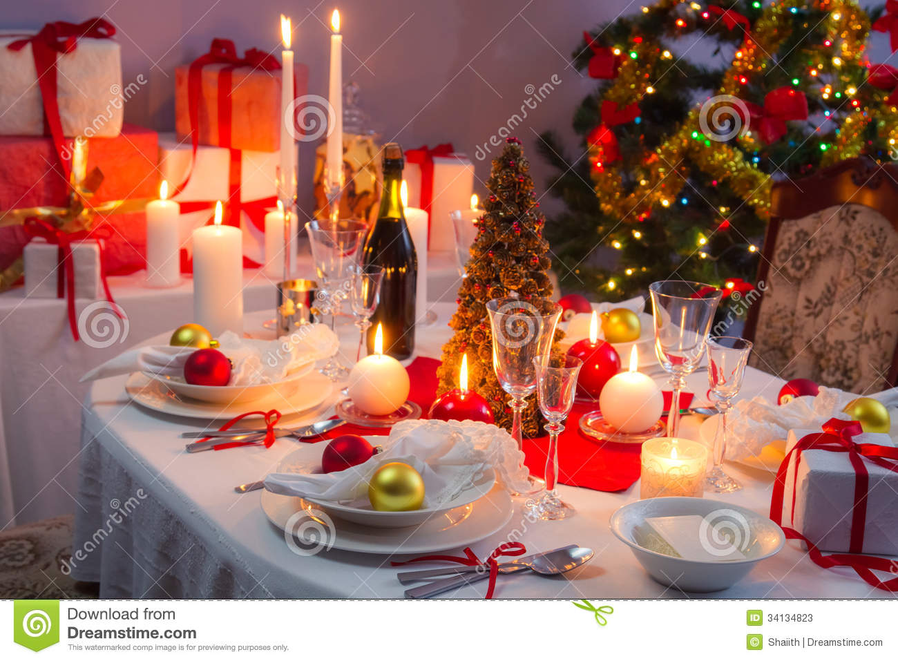 8 ways with christmas place settings 1