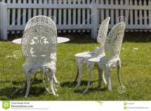 White Wrought Iron Garden Furniture Stock