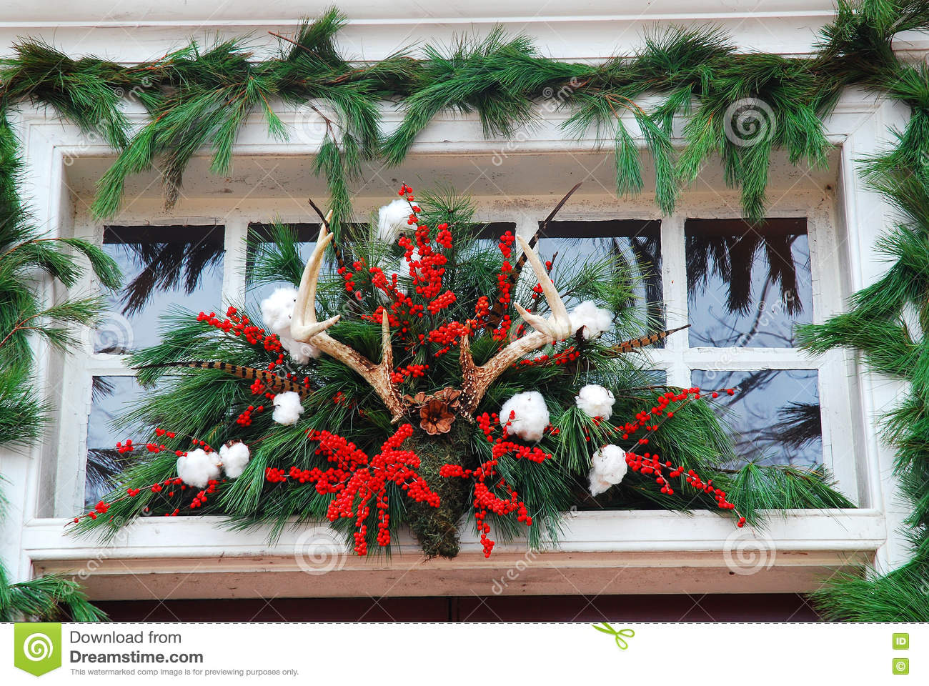 Christmas Tree Decorations With Deer Antlers
