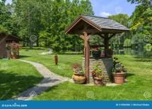 Garden Wishing Well Ideas
