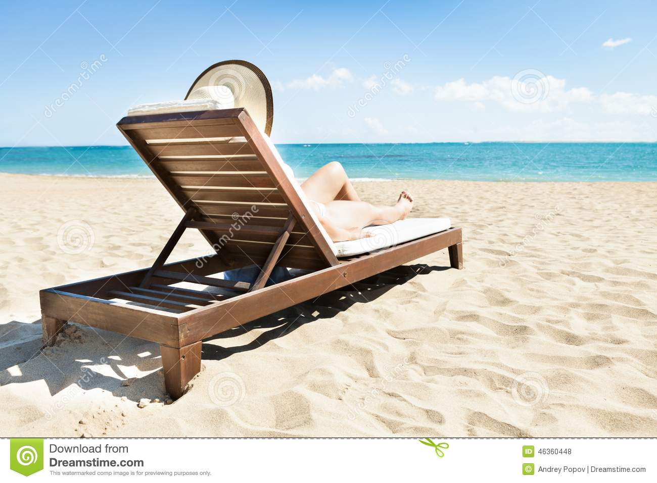 Sunbathing Chairs Sexy Woman Sunbathing Deck Chair Stock Images 35 Photos