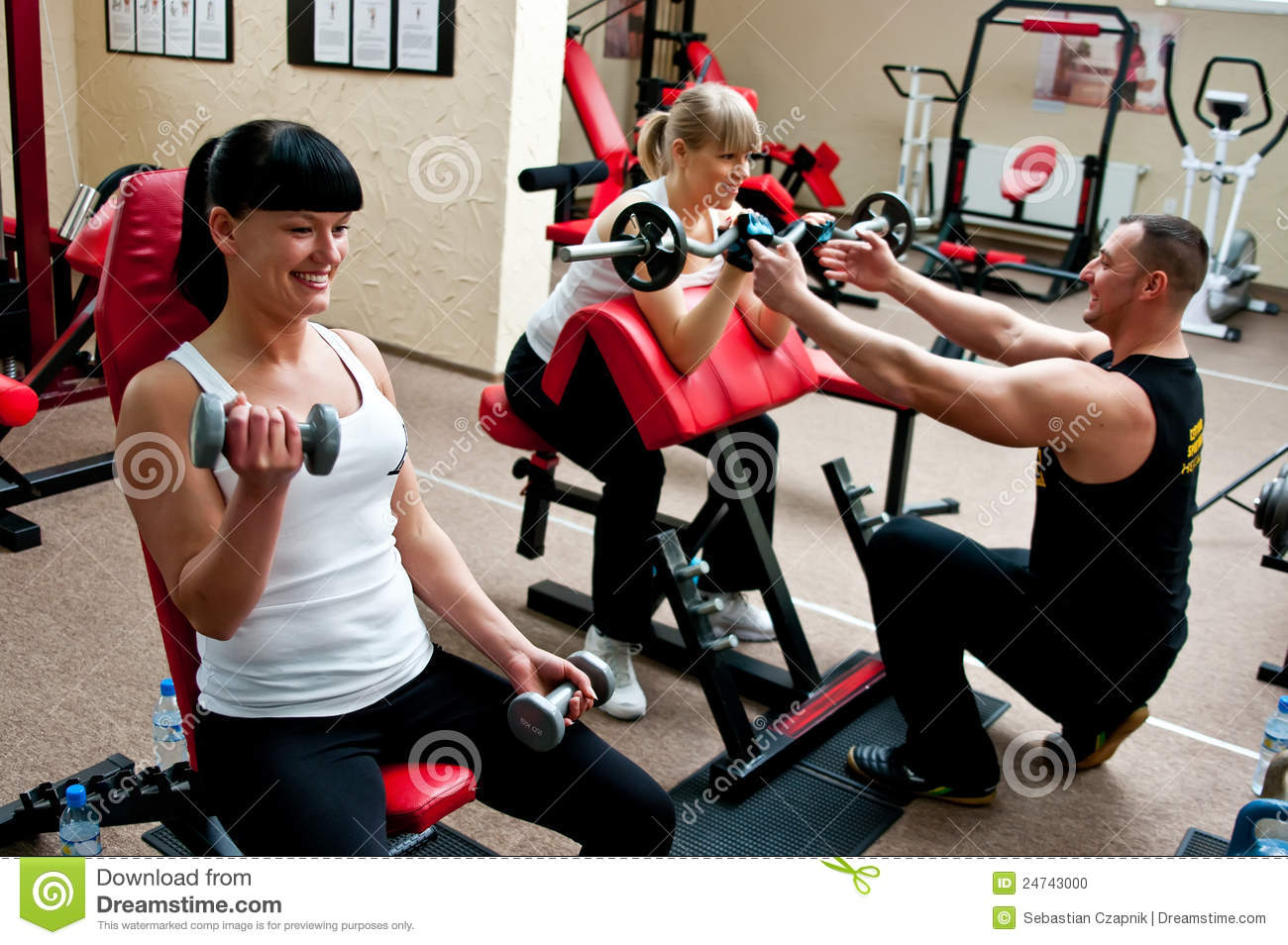 women fitness club 24743000