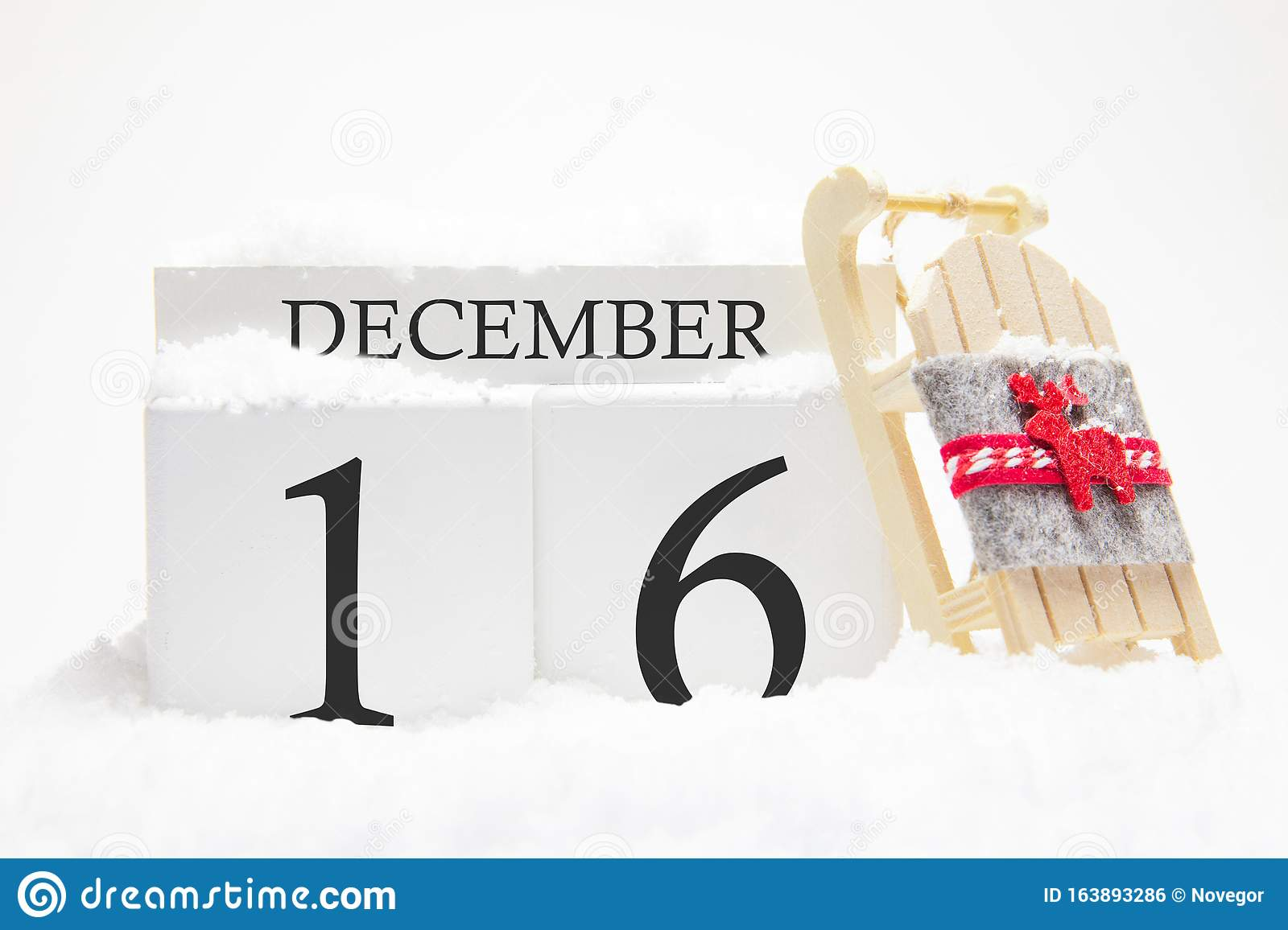 Wooden Calendar For December 16 Th Day Of The Winter ...