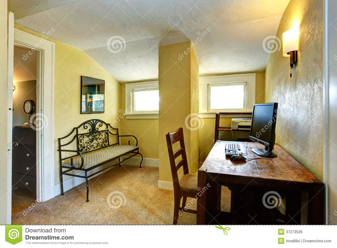 brown computer chair cheap 6 dining tables yellow study room with column and vaulted ceiling royalty free stock image - image: 37273526