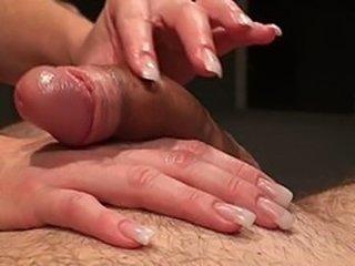klixen handjob threesome